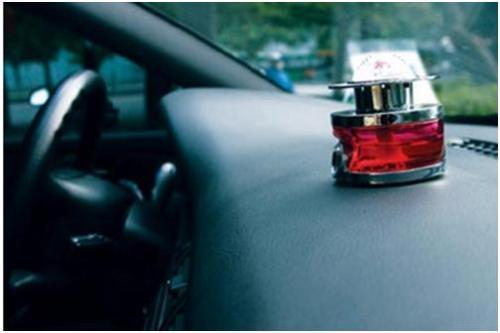 夏季开车如何自检自燃隐患