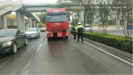 石家庄市长安交警大队打击带车人