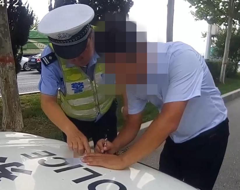 沧州一学员科目二没考过,上路练车被交警查处