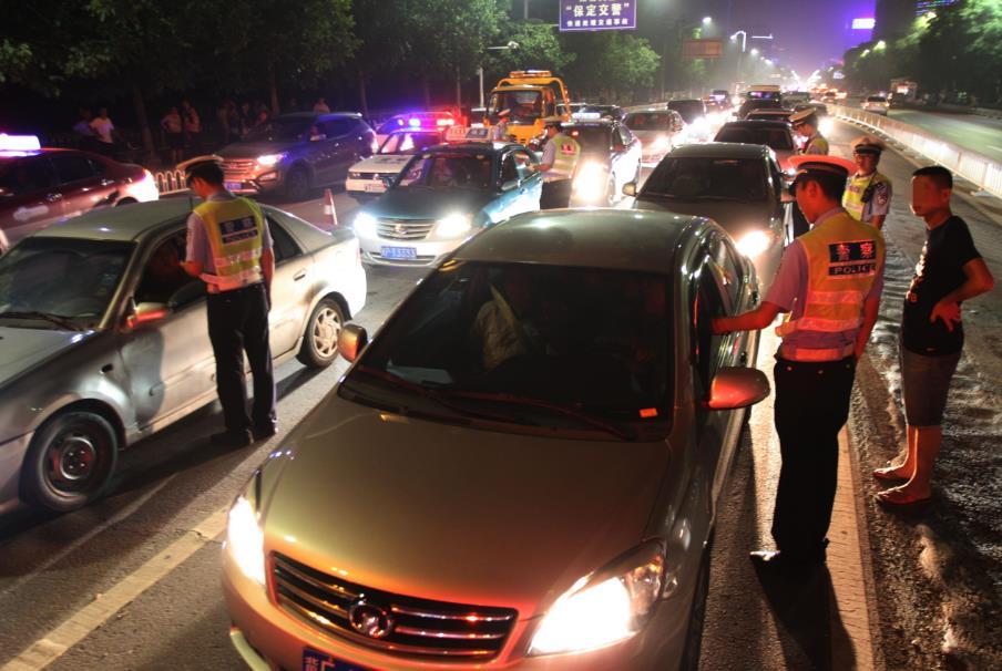 省公安厅交管局通报八月份严重交通违法案例