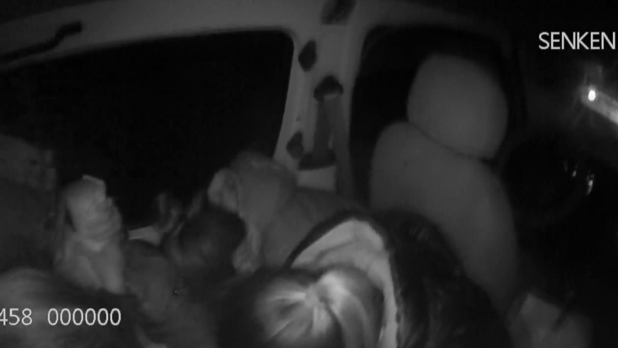 唐山:司机罔顾安全翻倍超员 上路行驶难逃交警查处