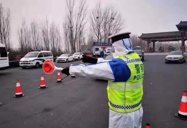 省公安厅交管局提示驾驶人配合公安交警疫情防控执勤检查
