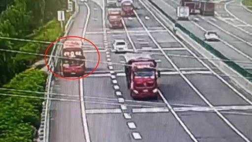 省交管局曝光七月份12起交通违法案例